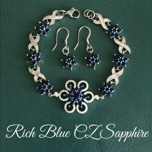 🆕Gorgeous Rich Blue Set of Bracelet & Earrings ⭐️